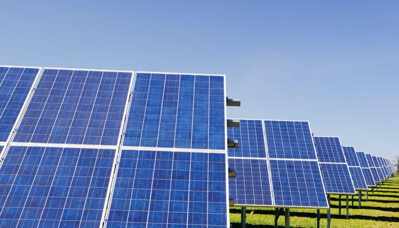 Robot per la pulizia di pannelli fotovoltaici